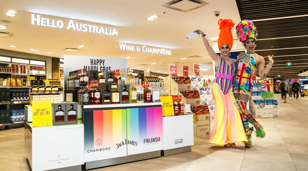 Sydney Drag Queen's Anita Makeover & Ménage A'tois welcome passengers to Sydney!